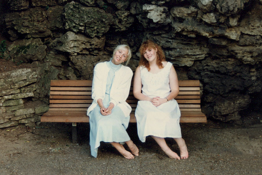 Grotto 1989